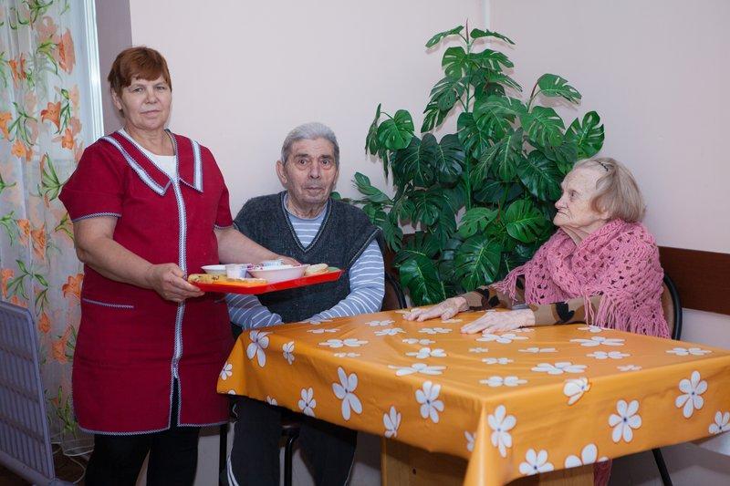 Уход за больными в стационаре и дома